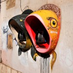 due telefoni pubblici con cabina a forma di pesce per le vie diPerm, RUssia, Asia |Two public telephone booth with fish-shaped through the streets diPerm, Russia, Asia