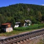 abitazioni lungo la linea ferroviaria transiberiana, russia, asia,|houses along the Trans-Siberian railway, russia, asia,