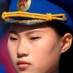 corea del nord, una donna musicista della banda nazionale militare coreana in occasione della cerimonia di riapertura della linea ferroviaria Kazan ( estermo oriente russo ) Corea del Nord nel lla città portuale di Rajn