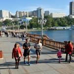 asia, russia, il lungo mare di vladivostok sull'oceano pacifico |asia, russia, the long beach of Vladivostok on the Pacific Ocean
