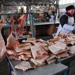 Transdnistria banco di macelleria nel mercato coperto di Tiraspol Transnistria bench butchers in the market hall in Tiraspol ph © Nicola De Marinis