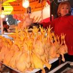 venditrice di polli al mercato di tblisi selling chickens to market tbilisi ph © Nicola De Marinis