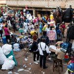 un mercato a yaoundè in camerun
