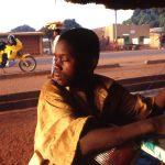 Mali, una sosta in un punto di ristoro prima della pista verso Niorò du Sael