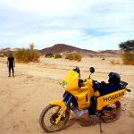 Algeria, controllo sull'orientamento della pista in direzione dell villaggio di frontiera di In Guezam