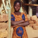 Burkina Faso, una ragazzina a Nanoro'