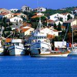 Croazia isola Pag il porto di Novalja