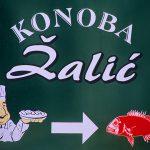 Croazia Isola di Silba , un cartello di un ristorante