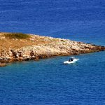 un tratto di costa a Martinscica sull'isola di cres