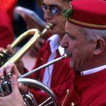 Dalmazia, Isola di Korkula, un musicista della banda di Blato suona in occasione della festa di Ognissanti