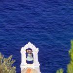Dalmazia, Isola di Korkula ,una chiesetta a ridosso sul mare