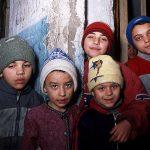 Romania, bambini in un quartiere della periferia di Jasi